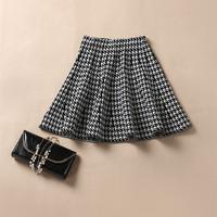 Classic Retro Style Women Black & White Soundstooth Knee-Length  Elastic Waist Pleated Skirts Lady European Fashion Skirt