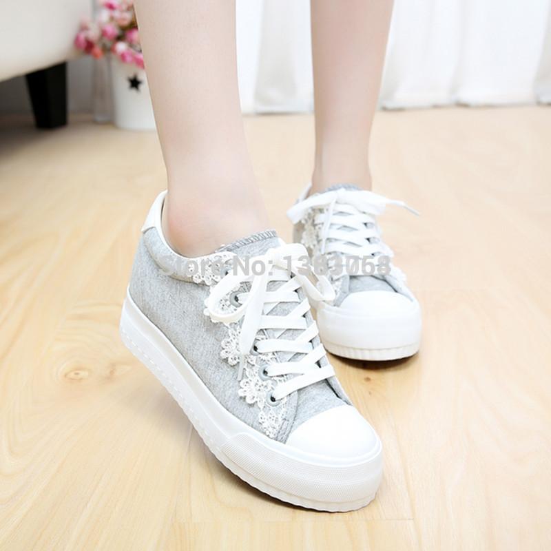 Women in a sponge cake shoe lace shoes(China (Mainland))