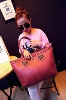Famous Designers Women Handbag new rivet package bag shoulder bag Rivet Messenger Bag BH095
