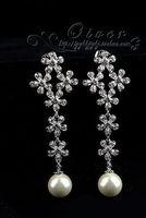 white crystal flower pearl lady's earings (5*1.8cm) (gghhjjghj)