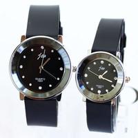Popular Fashion Christmas Gift Quartz Lovers Silicone Bracelet Watches Men Women Girl Unisex Wrist Clock Watch Rhinestones Metal