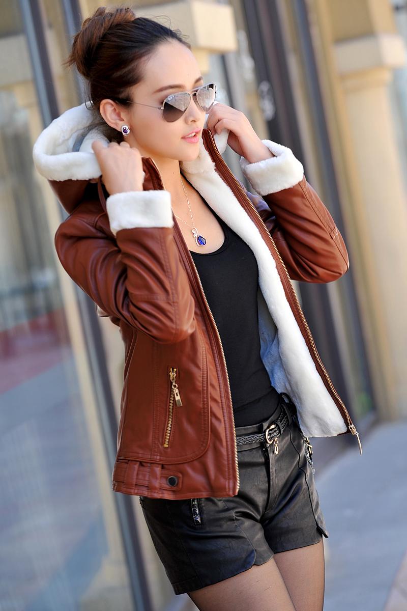 Зима женская марка кожа пуховик женщина платье роскошный меховой воротник короткая сгущает с капюшоном кожаные куртки пальто jaqueta couro
