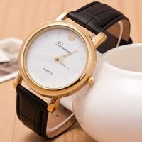 Women Men Watch New Fashion Luxury Golden Quartz Watch Women Wristwatch Leather Geneva Casual Watch Men Business Watch Black Hot