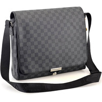 New Fashion Men Messenger Bags Leather Handbags Designers Brand Messenger Bag Laptop Three Colors High Quality Free Shipping