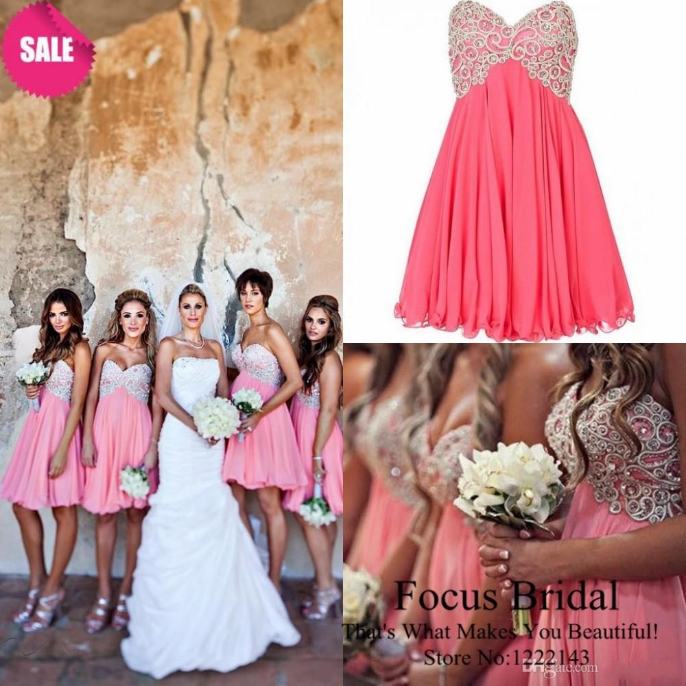 Rote und silberne Hochzeits-Kleider