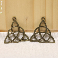 Yearning Jewelry Findings Vintage Charms Triangle Pendant Antique bronze Fit Bracelets Necklace 19*28mm 50pcs/lot