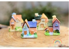 New Arrival Classic Toy 5*4.8cm Action Figure Beautiul House High Quality Resin Toys 4pcs/Lot HT489(China (Mainland))