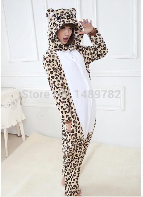 Free shipping!!!Flannel pajamas Onesie,for autumn and winter season Leopard grain little bear cartoon pattern(China (Mainland))