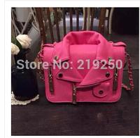 The new famous designer to create a lapel jacket zipper bag PU chain woman shoulder / Handbag