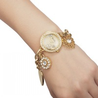 Lady Fashion Bracelet Hand Chain Quartz Diamond Wrist Watch Nice Gift For Women 85982