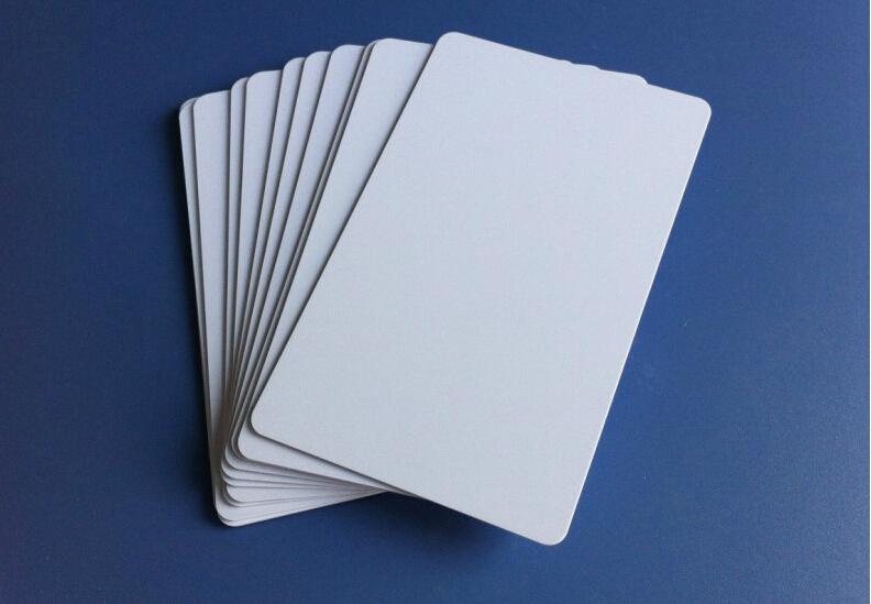 20pcs High Quality PVC card for CANON/EPSON Printable Inkjet Premium Blank PVC ID Card 85.5x54mm(China (Mainland))