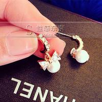 white crystal half circle  pearl drop lady's eairngs  (xcdxl)