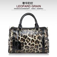 Free shipping the new /2014 / leather / brand / Europe and retro leopard handbag / shoulder strap bag / Handbag