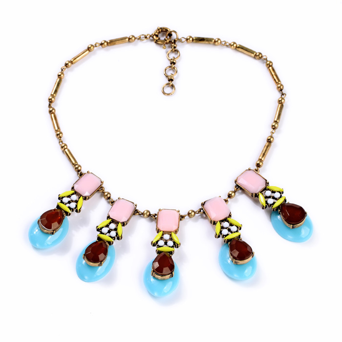 Hot Sale Free Shipping Factory Wholesale Parfumes Women Free Shipping Necklace Colored Feminine(China (Mainland))