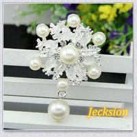 Popular women Fashion Vintage Style Crystal Rhinestone Flower big Pearl Brooch girl  Tonsee8