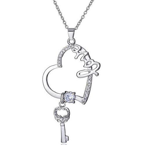 2014 latest fashion female models Crystal Skull key short paragraph clavicle necklace(China (Mainland))