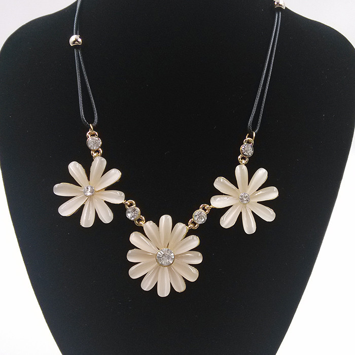 product Free shipping Brand Design New Fashion High quality Braided rope flower pendant necklace statement jewelry women 2014