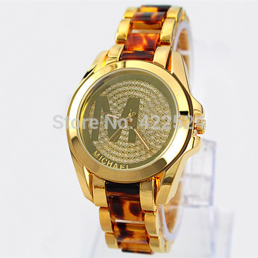 Hot sale Fashion Women Wristwatch M Lady Dress Watch With Diamond Gold Silver Famous design Steel
