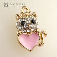 H25b Brand New 3pcs Cute Heart Crystal Cat Pendant Charm