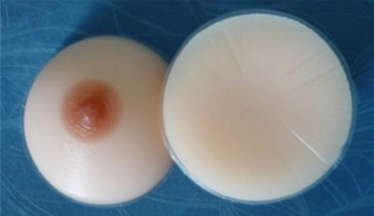Les petits vagins de jeunes salopes en photo porno Megabaise