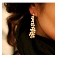 Min order is $10(mix order)New Korean fashion wild new luxurious palace noble pearl tassel earrings for wome