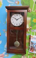 Free shipping Fashion rubber wood clocks personalized living room wall clock wood quartz clock brief wall pendulum clock
