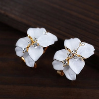Four leaf clover earring2014 Vintage Drip Jasmine Flower Stud Earrings White Flower Earrings Wholesale