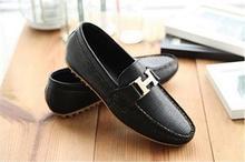 di alta qualità popolare scarpe da uomo coreano elaborato uomo slip on fannullone scarpe da guida(China (Mainland))