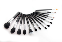 High quality Professional 15 pcs makeup brush set black color soft hair cosmetic tools cosmetic brushes