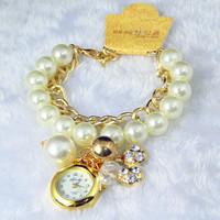 Hot Listing Korean New Fashion Smart Girl Casual Walnut Pendant Watches,Luxury Dress Women Leisure Pearl Bracelet Quartz Watch