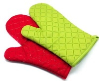 Baking temperature microwave oven gloves thicker longer slip silicone insulation