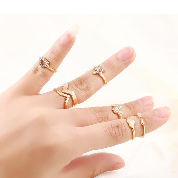 6Pcs / set New hot Fashion Punk Retro Heart Star Gilded Mid Finger Rings Set Shiny rhinestone Ring jewelry for women 2014 M12(China (Mainland))