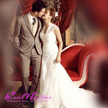V-образным вырезом свадебное платье франция романтический спинки принцесса невесты платье модные Vestido Noiva кружева свадебное платье DIS491A