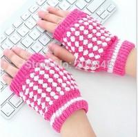 Unisex Men Girls Fashion Warm Winter Gloves Beautiful Half Finger Gloves 6colors For Choose