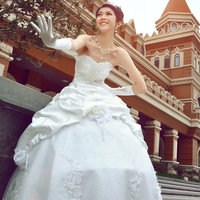 2014 NEW fashion Korean female white Bra Wedding Dresses women winter High-grade lace up Upscale royal Wedding Dresses