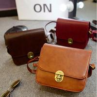 Small vintage women messenger bags fashion British girl shoulder bags handbag lock design cross body bolsas femininas 2014
