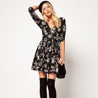 Half Sleeves Floral Printed Dresses V-neck Knee-length Dress Women's Clothing DRESS-58153