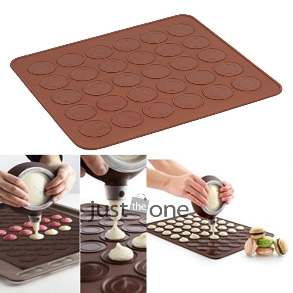 Heart Shaped Baking Mold Silicone Macaron Mat Pastry Sheet Muffin Tray Reusable Chocalate Color(China (Mainland))