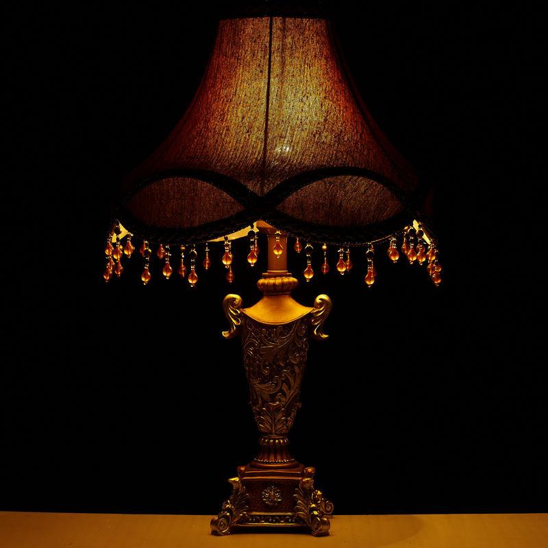 гостиная настольная лампа