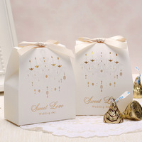 50PCS White Ceiling Lamp Print Candy Gift Boxes Wedding Party Favor European Church Wedding Box  Favor Bags DIY with Ribbon