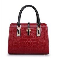 New Women's Luxury crocodile pattern shoulder bags women messenger bags Classic party leather handbags with ipad bag
