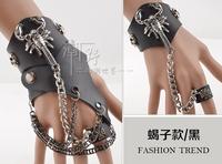 free shipping (min order 10USD) new design fashion cool man scorpion bracelet / gloves set