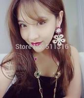 Moco-03 Pink Mood Daisy Flower Earrings Big Round Rhinestone Earrings Party Fashion Earrings for Woman