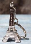Free Shipping!1 PCS Retro Menara Eiffel Model Keychain Keyring Logam Berpisah Guntangan Kunci