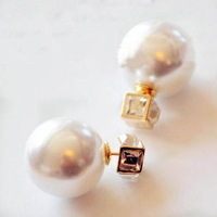 Classic Fashion Brand Double Face Big Pearl Earrings Multi-angle Ball Shape Pearl Earrings Crystal Earrings For Women SE136