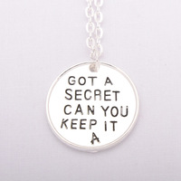 New listing Pretty Little Liars Got A Secret Can You Keep It Necklace atmospheric simple  necklaces N109