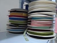 "free shippingvelvet ribbon 1/2"" 1.5cm width ,can mix color .moq is 100yards.buy 1/2"" send you 3/8"" velvet ribbon20yards as gift"