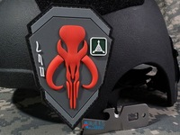 Free Shipping Bounty Hunter 3D PVC Armband TAD Mammoth Banner TACTICAL Rubber Tactics Gear Waterproof Patch 7*10 cm RED