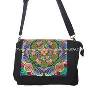 Yunnan National embroidery bag Handmade Embroidered shoulder messenger bag women's small cover travel handbag