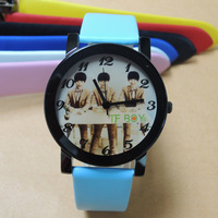 Fashion & casual 2014 hot star TFBOYS leather men and women students sports women's rhinestone Dress Watches